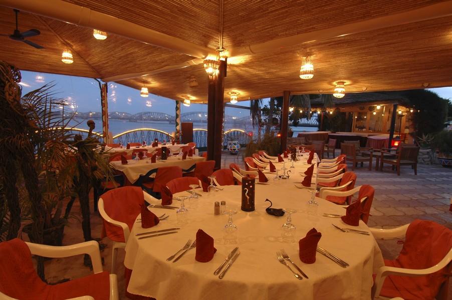 La Terrasse Du Café Flamingo à Saint Louis Sénégal
