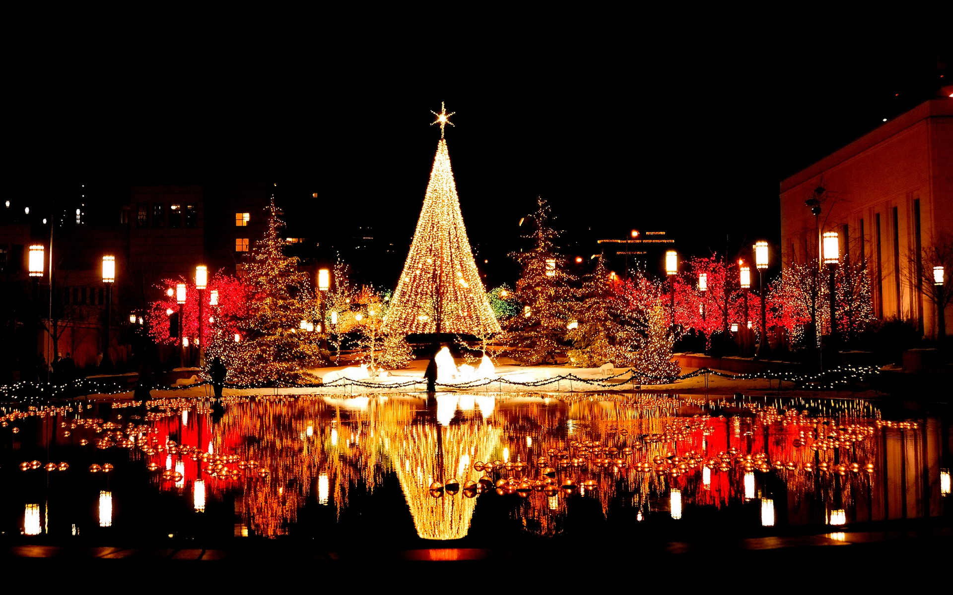 The Philippine's Christmas Traditions - ThingLink