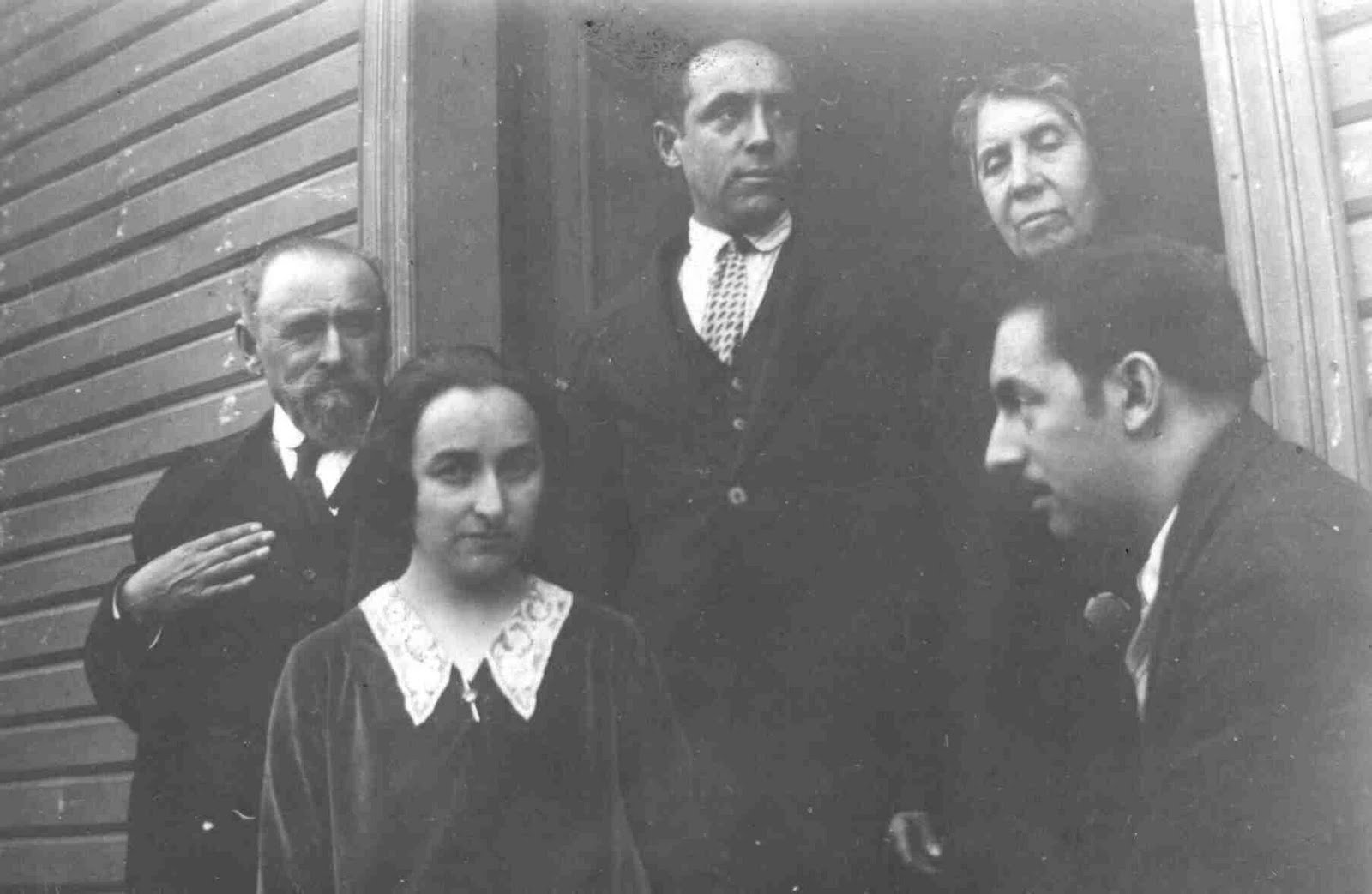 pablo neruda and laura esquivel using Laura esquivel pablo neruda popular ganres if you continue to use this site we will assume that you are happy with it ok.